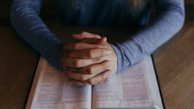 為苗圃崇拜禱告